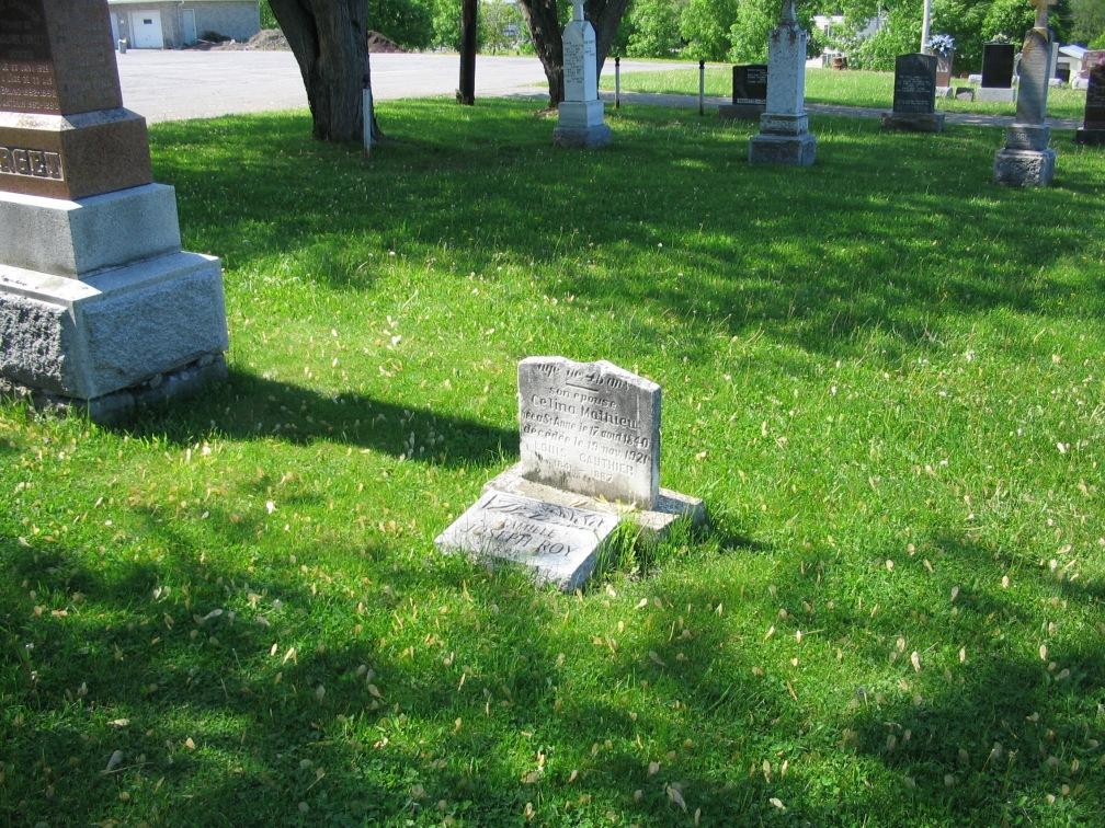 cimetière de Ste-Anne-des-Plaines 032